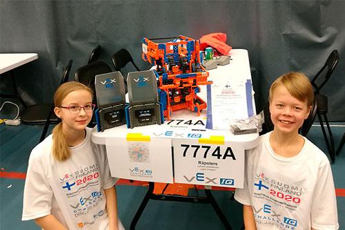 Menestystä robotiikan SM-kilpailussa