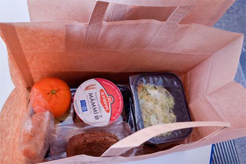 Koululounasta korvaavan ateriapakkauksen jakelu peruskoulun oppilaille – ohje vanhemmille ja oppilaille