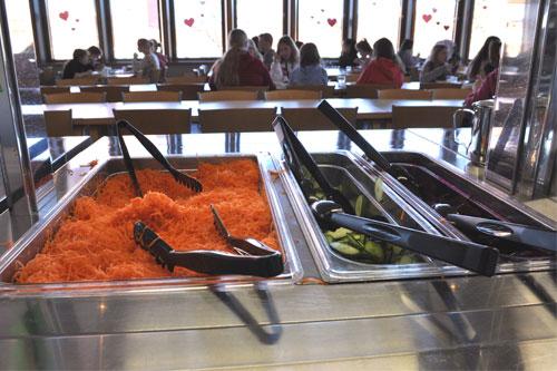Ruoka-annosjakelu etäopetuksessa oleville oppilaille ei ole toistaiseksi mahdollista Lahden yhteiskoulussa